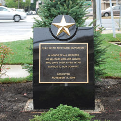 Gold Star Mothers 003