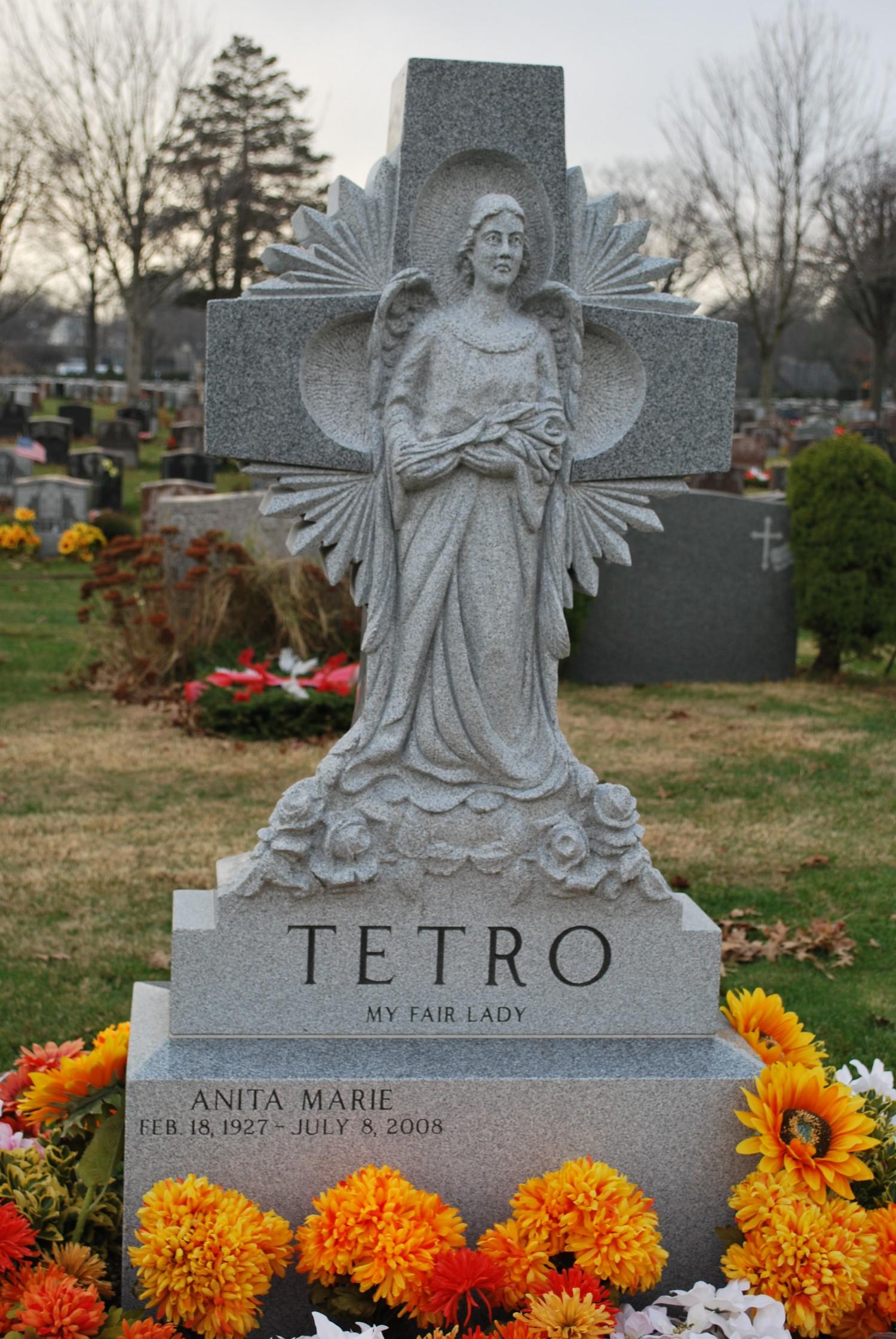 Christian Family - Tetro